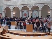 Alumnos del IES Celso Díaz de Arnedo han conocido esta mañana la historia de la Cámara