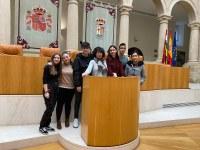 Estudiantes del IES Celso Díaz de Arnedo visitan el Parlamento
