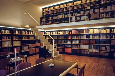 Biblioteca del Parlamento de La Rioja
